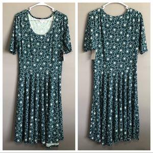 Lularoe • Nicole Green Dress
